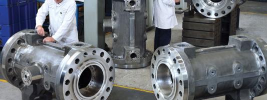 Разработка и изготовление нестандартного оборудования. Ремонт и восстановление агрегатов и деталей.